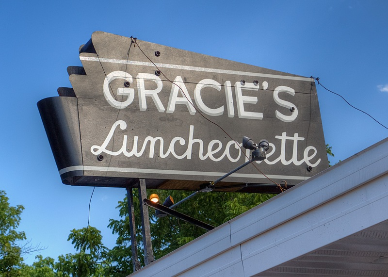 Gracies-Luncheonette