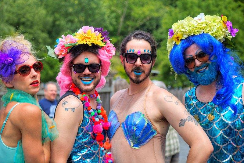 Mermaids-on-Parade
