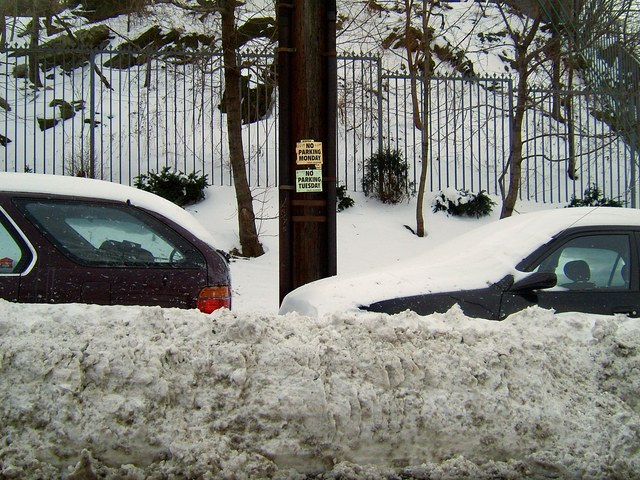 No-Parking...