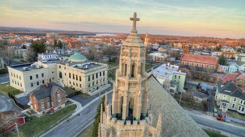 Churches-of-Hudson