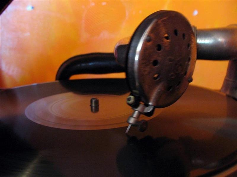 DJ-78