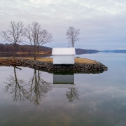 Hut on the Hudson