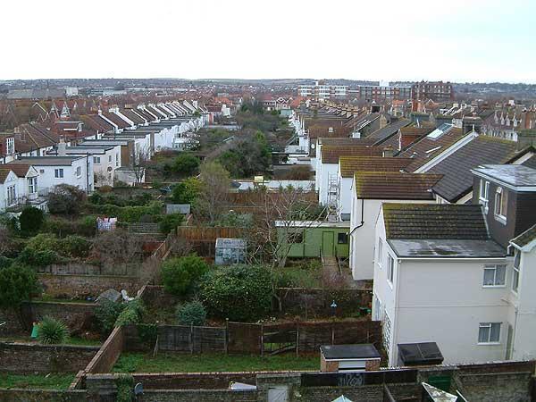 Sunny-Brighton-UK