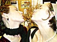 Air-Kisses