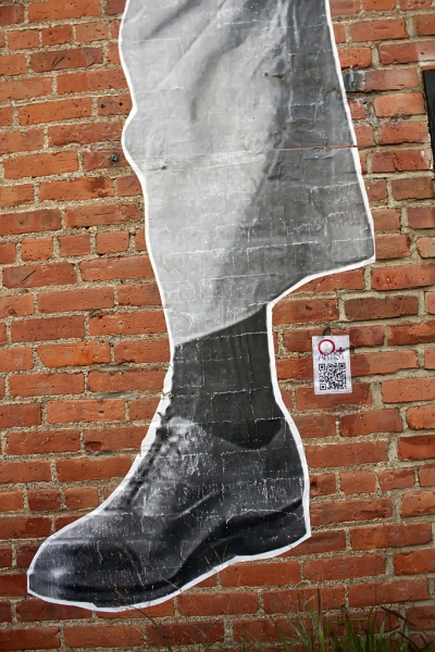 Black-Shoe