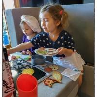 Two Sisters Café